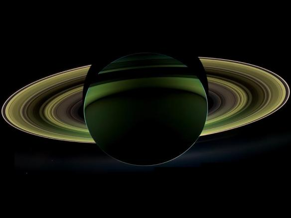 Saturn_eclipse