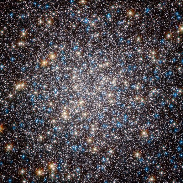 Heart_of_M13_Hercules_Globular_Cluster